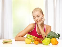 ダイエット中 便秘 原因 食事制限