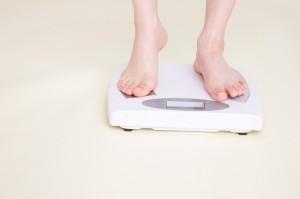 ダイエット 腹筋 体重 減る