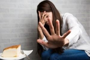 長期間 断食ダイエット 注意点 危険