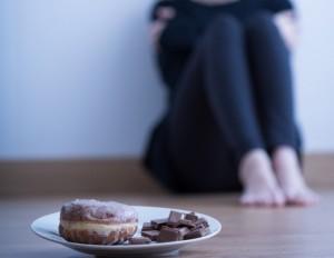 ダイエット中 チョコレート 食べてしまった 対策 軽い運動 ナッツ 水分補給
