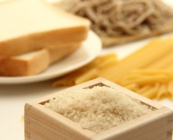 ダイエット停滞期 炭水化物 関係性 チートデイ レプチン
