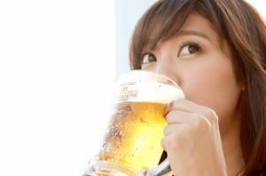 ダイエット中 ビール 飲む 対策 時間帯