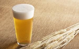 ダイエット中 寝る前 ビール NG 糖質