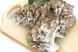 きのこ 栄養素 ダイエットとの関係性 まいたけ 食物繊維 むくみ解消 エリンギ マッシュルーム