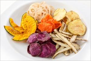 ダイエット中 間食 最適な食べ物 野菜チップス 栄養素 食物繊維