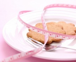 ダイエット中 間食 摂取カロリー 目安 消費カロリー