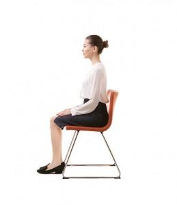 ウエストダイエット 正しい姿勢 座るだけ 骨盤矯正 基礎代謝アップ