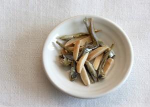 ダイエット中 間食 おやつ オススメ アーモンドフィッシュ カルシウム ビタミンE