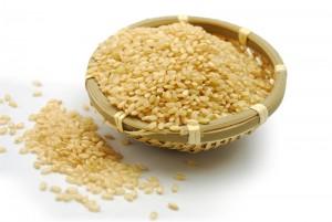 産後ダイエット 玄米 食物繊維 便秘解消 満腹感 母乳の出