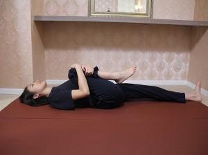 産後ダイエット オススメ ダイエット方法 ストレッチ 骨盤矯正 運動