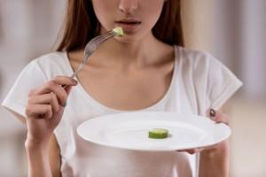 夜 ご飯 抜く 糖質を減らす タンパク質摂取