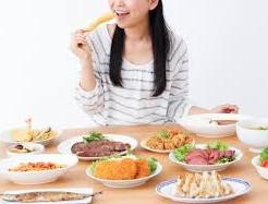 ダイエット中 ドカ食い 一日だけ 太らない