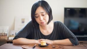 ダイエット中 空腹 理由 我慢 ストレス