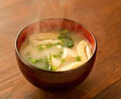 朝 味噌汁だけ ダイエット効果 脂肪燃焼 基礎代謝アップ