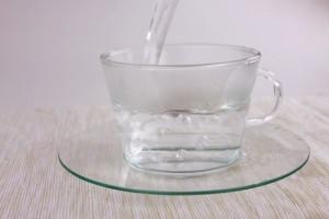 食べ過ぎた 対策 水分 白湯