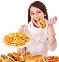 ダイエット中 ドカ食い 頻度 週1回