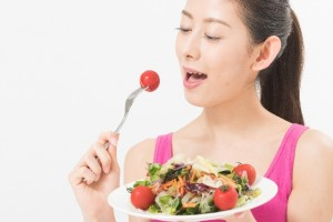 食事制限 ダイエット オススメ メニュー トマト しめじ 玄米