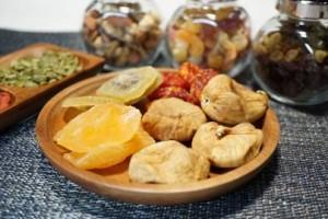 ダイエット 甘いもの 対策 ドライフルーツ 食物繊維 ビタミン ミネラル